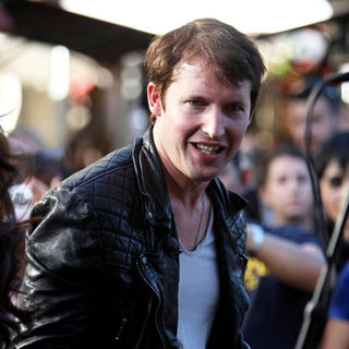 James Blunt in James Blunt Performing at The Grove in Hollywood