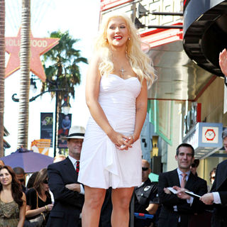 Christina Aguilera - Christina Aguilera Receives A Star on The Hollywood Walk of Fame