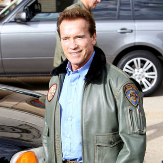 Arnold Schwarzenegger Is Seen Leaving Barneys in Beverly Hills - wenn5576628