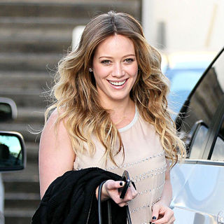 Hilary Duff in Hilary Duff Leaving Byron & Tracey Salon in Beverly Hills After Getting Her Hair Styled