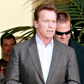Arnold Schwarzenegger Leaving Caffe Roma in Beverly Hills After Having Lunch with His Hair Stylist - wenn5579338