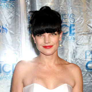 Pauley Perrette in 2011 People's Choice Awards - Arrivals