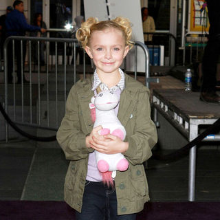 "Elsie Fisher in Los Angeles Premiere of ""Justin Bieber: Never Say Never"""