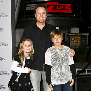 "Chris Harrison in Los Angeles Premiere of ""Justin Bieber: Never Say Never"""