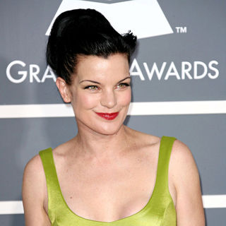 Pauley Perrette in The 53rd Annual GRAMMY Awards - Red Carpet Arrivals