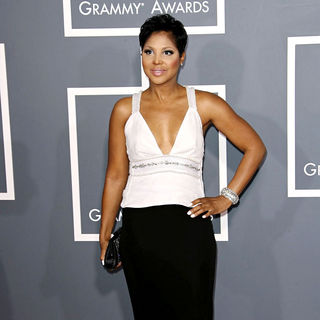Toni Braxton in The 53rd Annual GRAMMY Awards - Red Carpet Arrivals