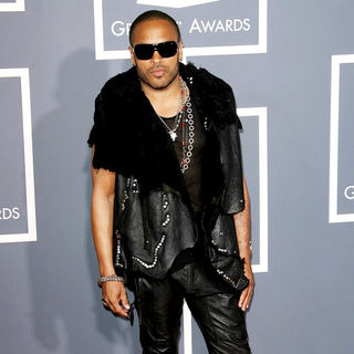 Lenny Kravitz in The 53rd Annual GRAMMY Awards - Red Carpet Arrivals