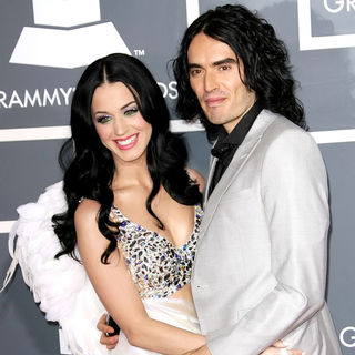 Katy Perry, Russell Brand in The 53rd Annual GRAMMY Awards - Red Carpet Arrivals