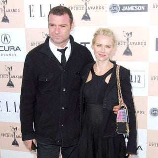 Liev Schreiber, Naomi Watts in The 2011 Film Independent Spirit Awards - Arrivals