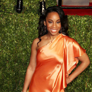 Anika Noni Rose in 2011 Vanity Fair Oscar Party - Arrivals