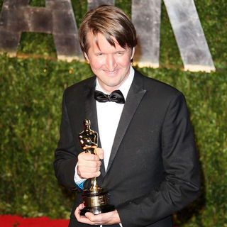Tom Hooper in 2011 Vanity Fair Oscar Party - Arrivals