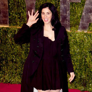 Sarah Silverman in 2011 Vanity Fair Oscar Party - Arrivals