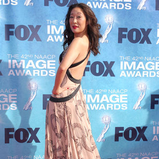 Sandra Oh in 42nd NAACP Image Awards - Arrivals