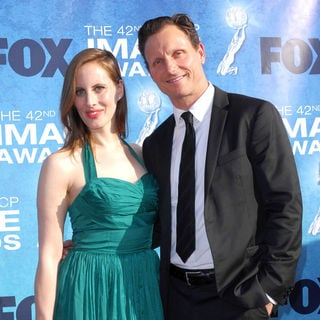 Liz Goldwyn, Tony Goldwyn in 42nd NAACP Image Awards - Arrivals