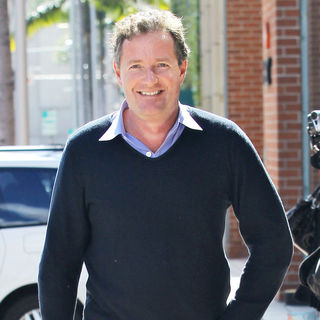Piers Morgan in Piers Morgan Departs A Medical Centre