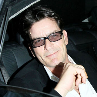 Charlie Sheen - Charlie Sheen Continues on His Whirlwind Media Tour as He Leaves The Live Nation Office