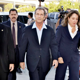 Mel Gibson in Mel Gibson Arriving The Los Angeles County Superior Court Airport Courthouse