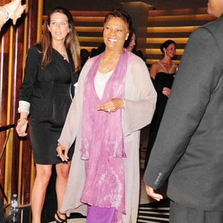 Dionne Warwick in Dionne Warwick Attend The Blacks Annual Gala