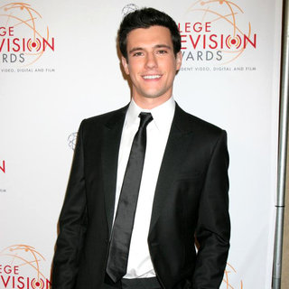 Drew Roy in 32nd Annual College Television Awards