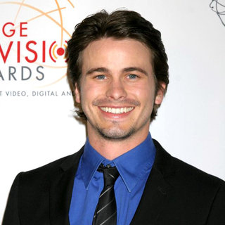 Jason Ritter in 32nd Annual College Television Awards
