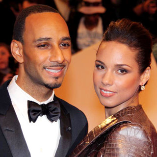 Swizz Beatz, Alicia Keys in Alexander McQueen: Savage Beauty Costume Institute Gala