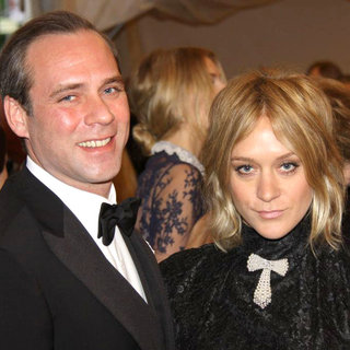 Paul Sevigny, Chloe Sevigny in Alexander McQueen: Savage Beauty Costume Institute Gala