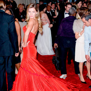 Gisele Bundchen in Alexander McQueen: Savage Beauty Costume Institute Gala
