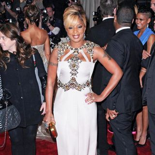 Mary J. Blige in Alexander McQueen: Savage Beauty Costume Institute Gala