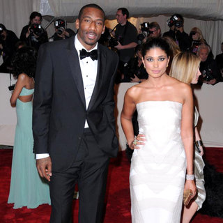 Amar'e Stoudemire, Rachel Roy in Alexander McQueen: Savage Beauty Costume Institute Gala