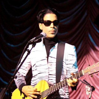 Prince in Prince Performing on Stage Before Accepting A Lifetime Achievement Award