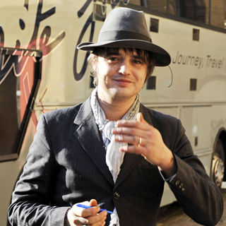 Pete Doherty Posing for Pictures Outside His Tour Bus