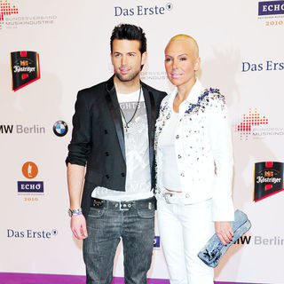 Jay Khan, Natascha Ochsenknecht in 19th Annual Echo Awards 2010 - Red carpet arrivals