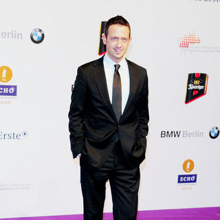 Till Broenner in 19th Annual Echo Awards 2010 - Red carpet arrivals