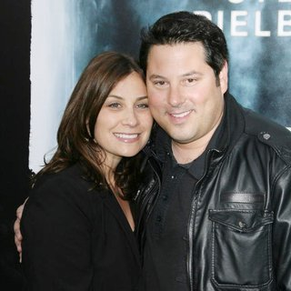 Greg Grunberg in Los Angeles Premiere of Super 8 - wershow-grunberg-super-8-premiere-01