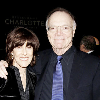 Nora Ephron, Nicholas Pileggi in The 62nd Annual Writers Guild Awards