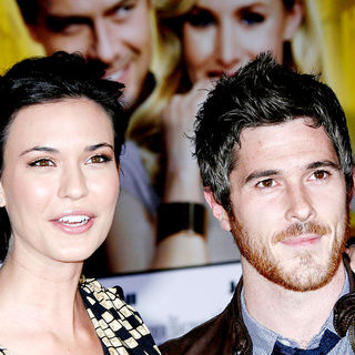 Odette Yustman, Dave Annable in World Premiere of 'When in Rome'