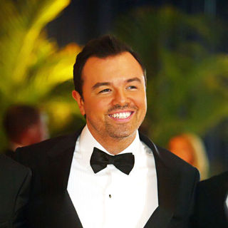 Seth MacFarlane in 2010 White House Correspondents Association Dinner - Arrivals