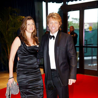 Jon Bon Jovi, Dorothea Hurley in 2010 White House Correspondents Association Dinner - Arrivals