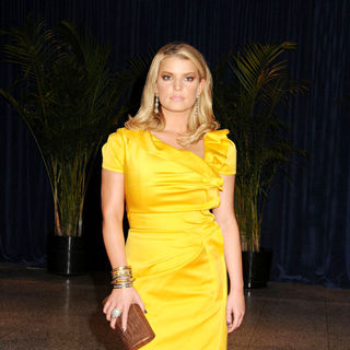 Jessica Simpson in 2010 White House Correspondents Association Dinner - Arrivals