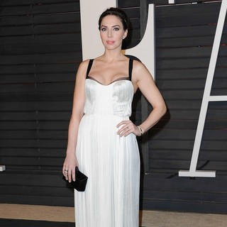 Whitney Cummings in 2015 Vanity Fair Oscar Party