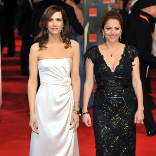 Kristen Wiig, Annie Mumolo in Orange British Academy Film Awards 2012 - Arrivals