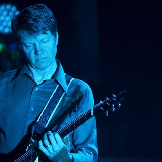 Nels Cline, Wilco in Wilco Performing Live in Concert