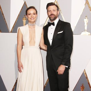 Olivia Wilde, Jason Sudeikis in 88th Annual Academy Awards - Red Carpet Arrivals
