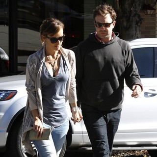 Olivia Wilde, Jason Sudeikis in Olivia Wilde and Jason Sudeikis Spend A Romantic Day Together in Los Feliz