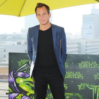 Will Arnett in The Cast of Teenage Mutant Ninja Turtles Promoting Their Movie