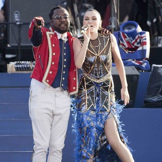 will.i.am, Jessie J in The Diamond Jubilee Concert