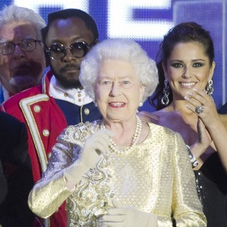 will.i.am, Queen Elizabeth II, Cheryl Cole in The Diamond Jubilee Concert