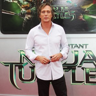 William Fichtner in Los Angeles Premiere of Teenage Mutant Ninja Turtles - Arrivals