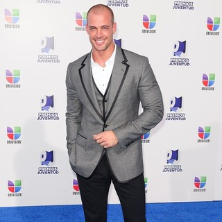 William Levy in Univision's 8th Annual Premios Juventud Awards
