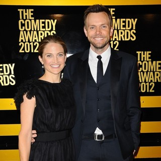 Sarah Williams, Joel McHale in The Comedy Awards 2012 - Arrivals